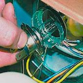 Снятие и замена ламп ближнего и дальнего света на ВАЗ 2108, 2109, 21099