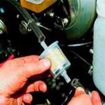 Снятие и замена топливного фильтра на ВАЗ 2108, 2109, 21099 (карбюратор)