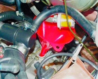 Заливаем масло в коробку передач на ВАЗ 2108, 2109, 21099
