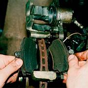 Снятие и замена передних тормозных колодок на ВАЗ 2110, 2111, 2112
