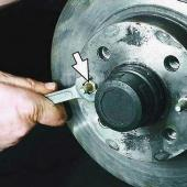 Снятие и замена передних тормозных дисков на ВАЗ 2110, 2111, 2112
