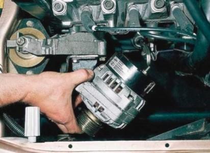 Снимаем генератор на ВАЗ 2110, 2111, 2112