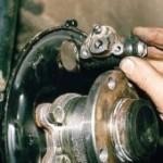 Снятие и замена тормозного цилиндра на ВАЗ 2110, 2111, 2112