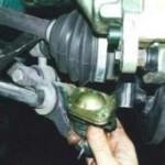 Снятие и замена шаровой опоры на ВАЗ 2110, 2111, 2112