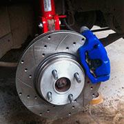 Снятие и замена передних тормозных дисков на Лада Калина